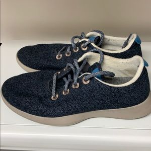 LIMITED EDITION BLUE Allbirds Sneakers!